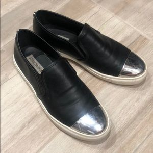 Steve Madden black with silver toe sneakers